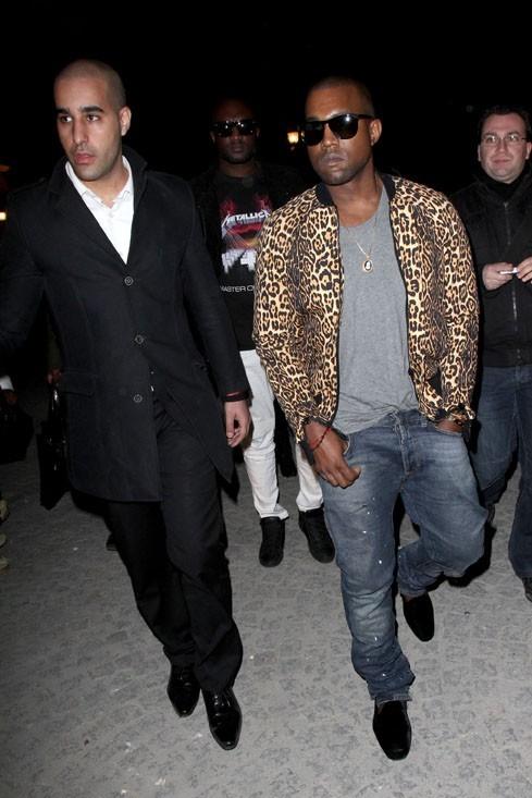 Cette saison, c'est l'imprimé léopard qu'il faut avoir. Kanye West en sait quelque chose !