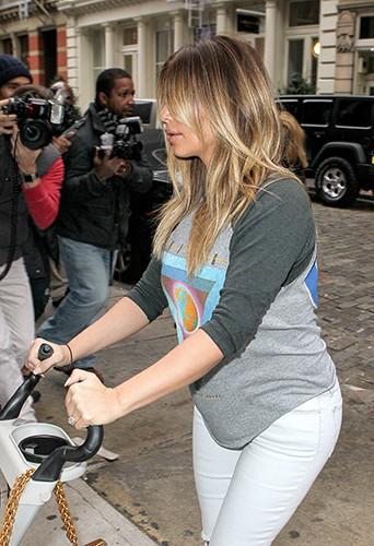 Kim Kardashian à New-York le 26 novembre 2013