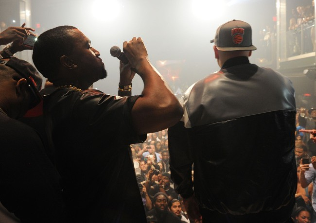 Kanye West lors de la soirée d'anniversaire de DJ Khaled à Miami, le 26 novembre 2012.