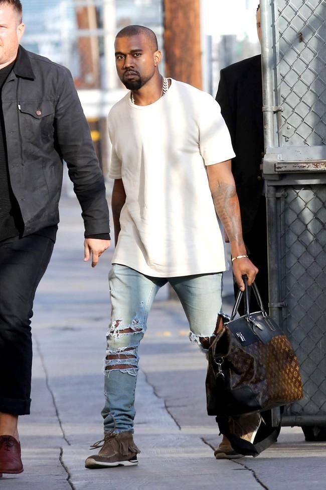 Kanye West  à son arrivée au Jimmy Kimmel Live le 9 octobre 2013