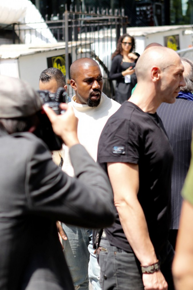 Photos : Kanye West : voyage express à Paris pour la Fashion Week !