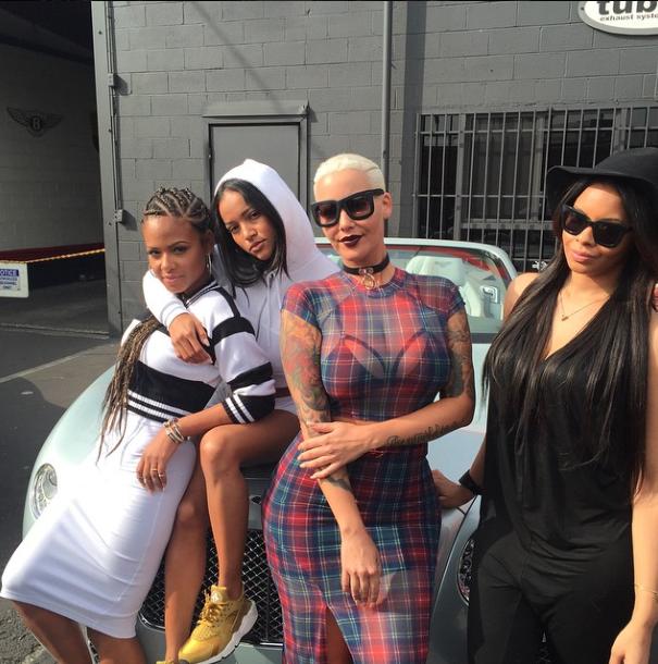 Photos : Karrueche Tran : bien entourée pour croiser Chris Brown à Coachella !