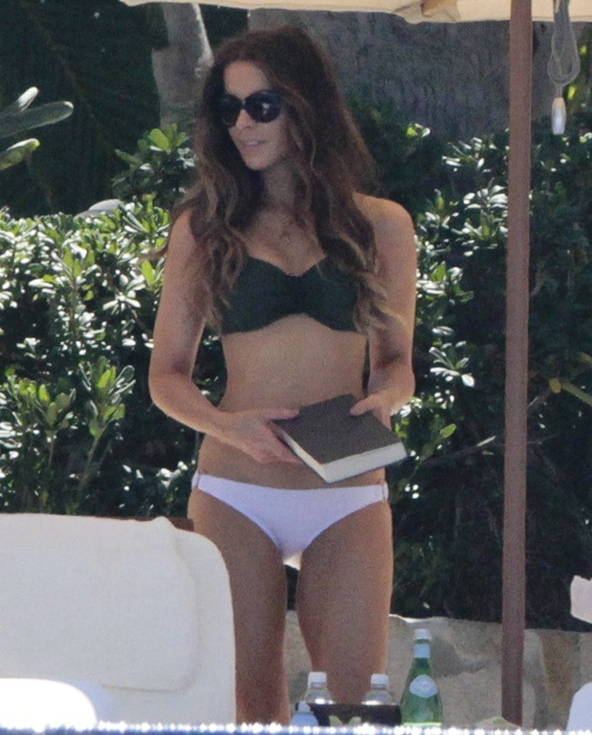Kate Beckinsale le 28 mars 2013 au Mexique
