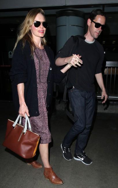 Kate Bosworth et Michael Polish à l'aéroport de Los Angeles, le 2 septembre 2013.