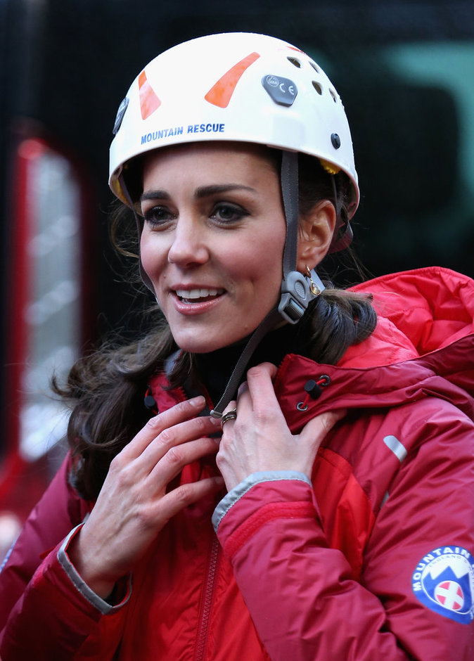 "Photos : Kate Middleton blagueuse : ""William, à quel point tu m'aimes ?"""