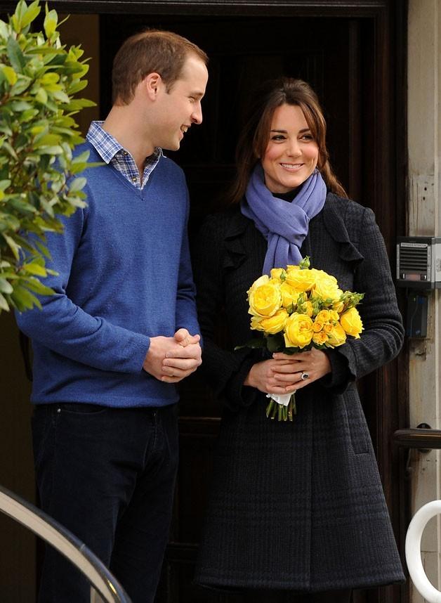 Kate Middleton à la sortie de l'hôpital King Edward VII de Londres le 6 décembre 2012