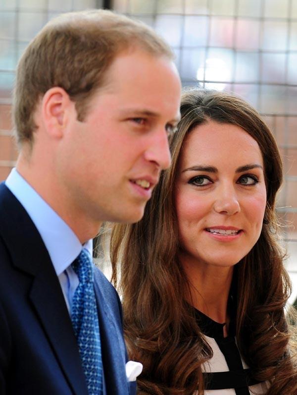 Kate n'a toujours d'yeux que pour son Prince ...