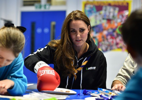Photos : Kate Middleton : scout d'un jour… Le ridicule ne tue pas !