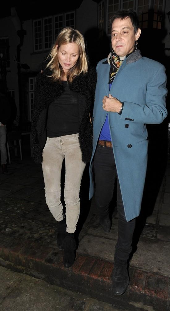 Kate Moss et Jamie Hince à Bromley, dans la banlieue de Londres, le 16 janvier 2013