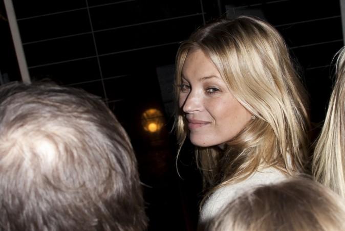 Kate Moss lors de la soirée d'illumination de la boutique Stella McCartney à Londres, le 29 novembre 2011.