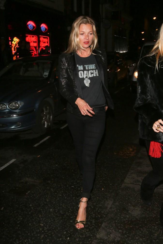 Kate Moss à la sortie du Bodega Negra club à Londres le mardi 8 juillet