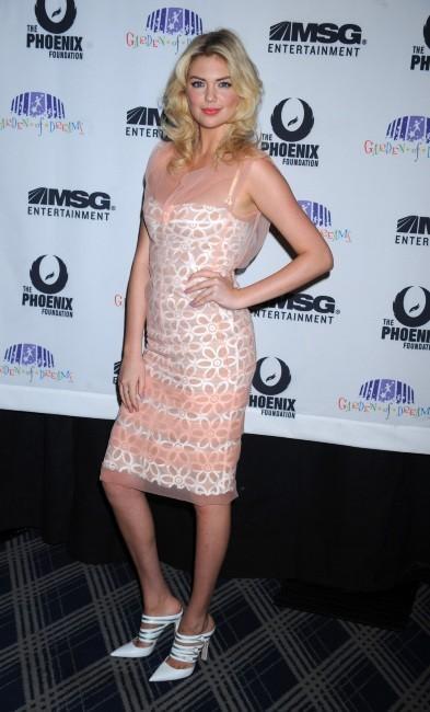 Kate Upton lors de la soirée Garden of Dreams talent show à New York, le 5 avril 2012.