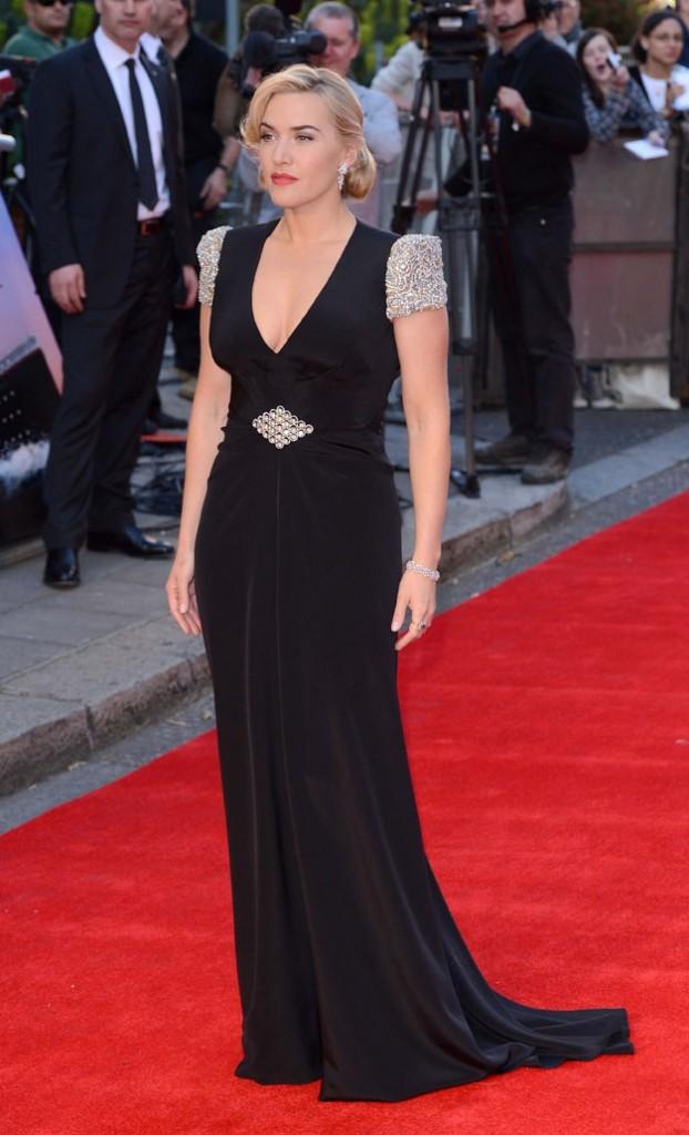Sublime dans sa robe d'inspiration vintage !