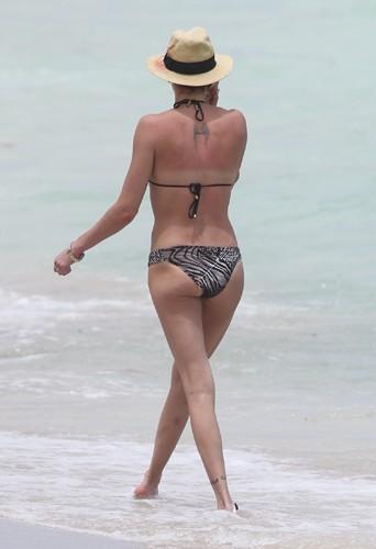 Katie Cassidy à Miami le 1er mai 2014