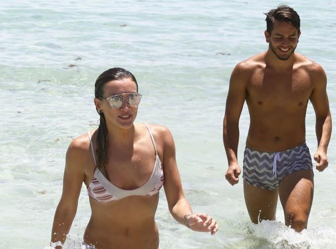 Katie Cassidy : la bombe d'Arrow s'offre une parenthèse sexy à Miami !