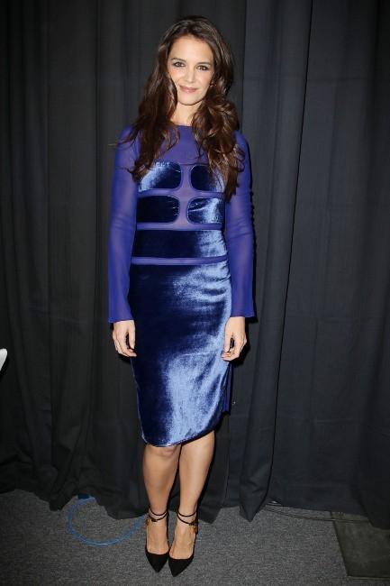 """Katie Holmes lors du show """"12-12-12 Concert for Sandy Relief"""" à New York, le 12 décembre 2012."""