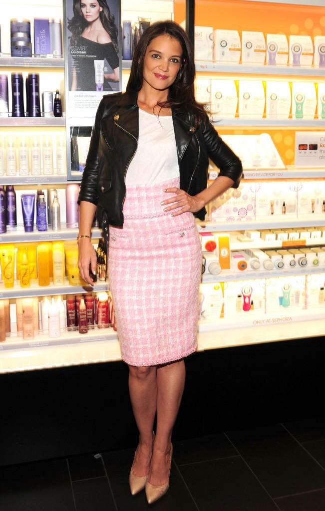 Katie Holmes : l'ambassadrice de la marque Alterna prend son rôle très à cœur !