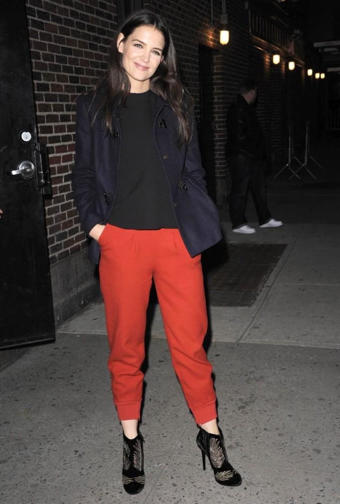 Katie Holmes devant les studios du show de David Letterman, à New York