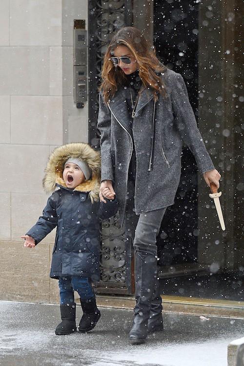 Photos : Katie Holmes, Miranda Kerr, Jennifer Garner : les enfants de stars sont tous parés pour l'hiver !