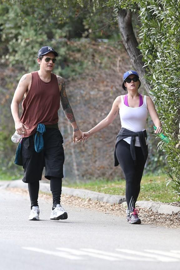 John Mayer et Katy Parry se baladent en amoureux à Los Angeles le 1er février 2013