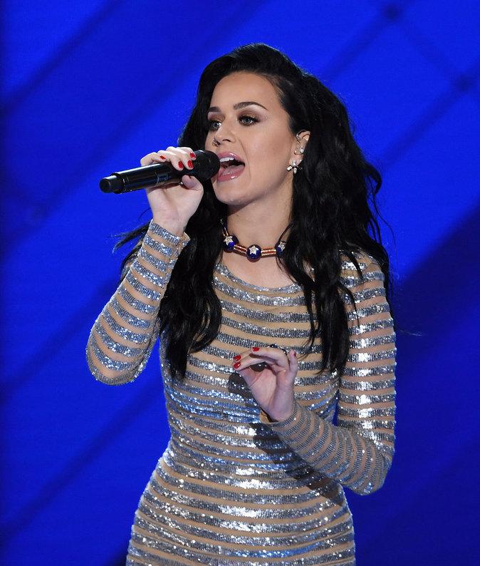 Katy Perry parfaite avec son maquillage
