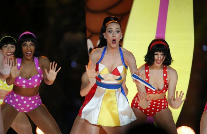Photos : Katy Perry : show exceptionnel à la mi-temps du Super Bowl, découvrez la prestation qui a enflammé la planète !