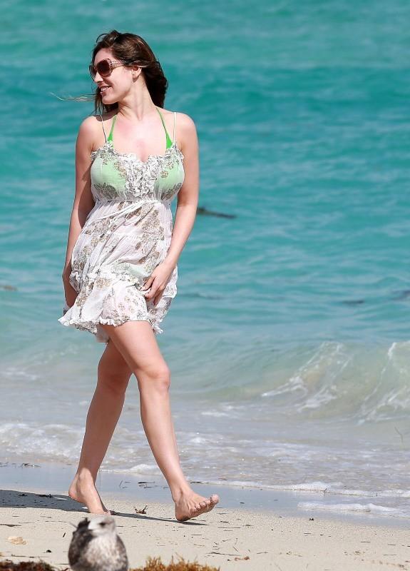 Kelly Brook le 5 février 2013 à Miami