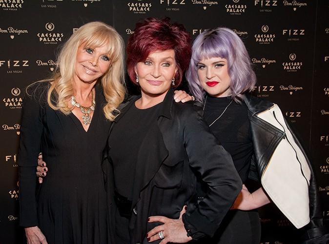Britt Ekland, Sharon et Kelly Osbourne à Las Vegas le 28 mars 2014