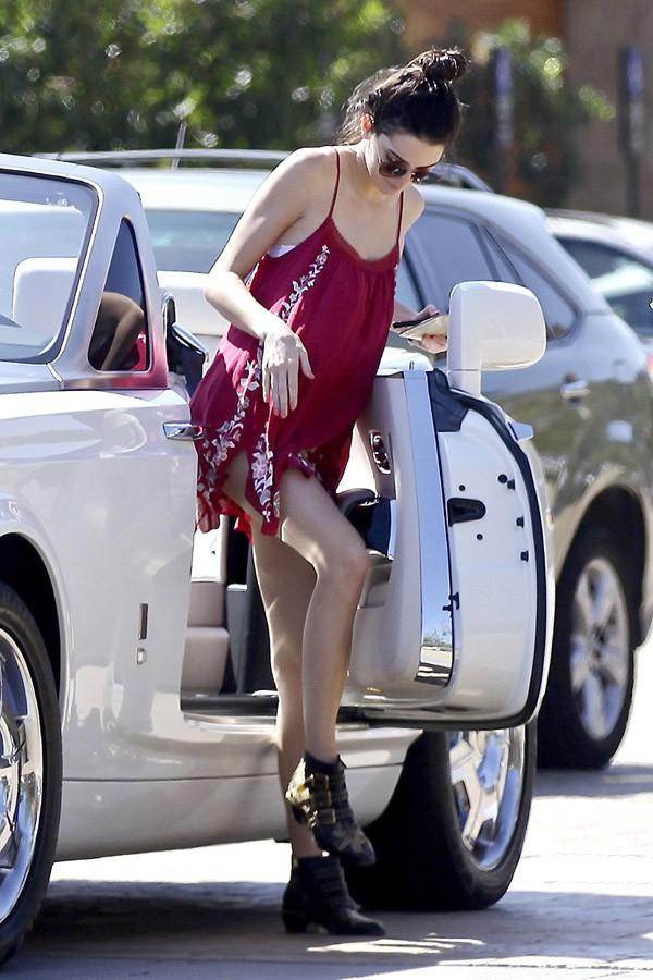 Kendall Jenner à Malibu le 19 mars 2014
