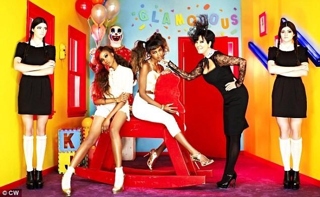 Kendall, Kylie et Kris Jenner dans un shooting photos pour l'émission America's Next Top Model.