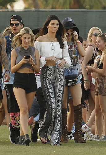 Kendall et Kylie Jenner à Indio le 19 avril 2014