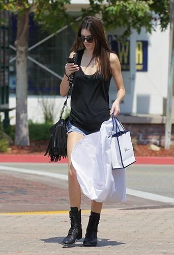 Kendall Jenner à Malibu le 1er juillet 2013