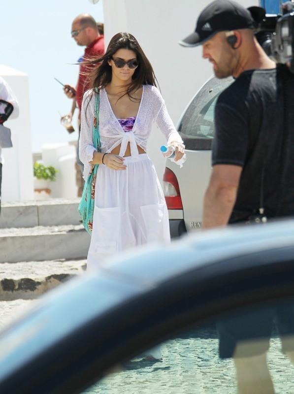 Kendall Jenner le 29 avril 2013 à Santorin