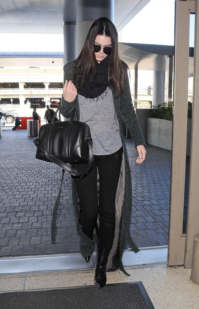 Kendall Jenner à l'aéroport de Los Angeles le 26 février 2014