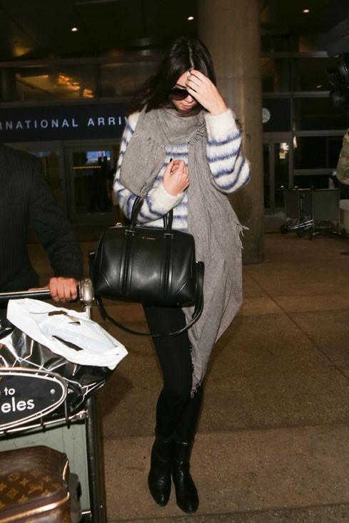 Kendall Jenner à l'aéroport de Los Angeles le 15 novembre 2014