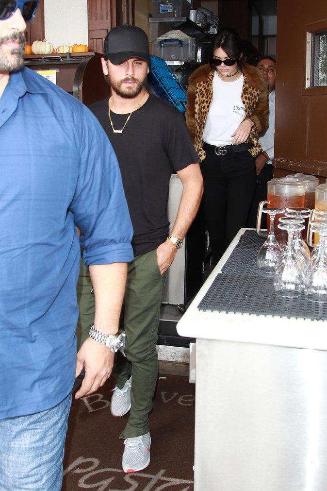 Photos : Kendall Jenner et son beau-frère Scott Disick en tête-à-tête au restaurant !