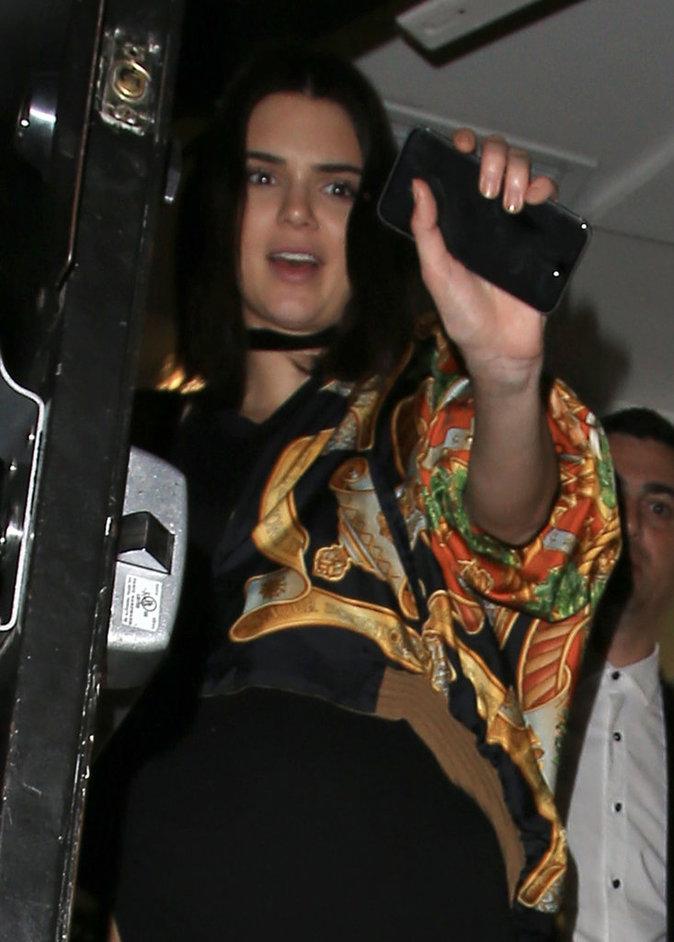 Photos : Kendall Jenner : folle amoureuse des paparazzis !