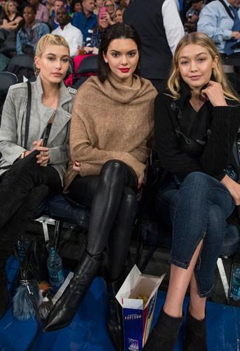Kendall Jenner, Hailey Baldwin et Gigi Hadid : radieuses pour mater des hommes tout en muscles !