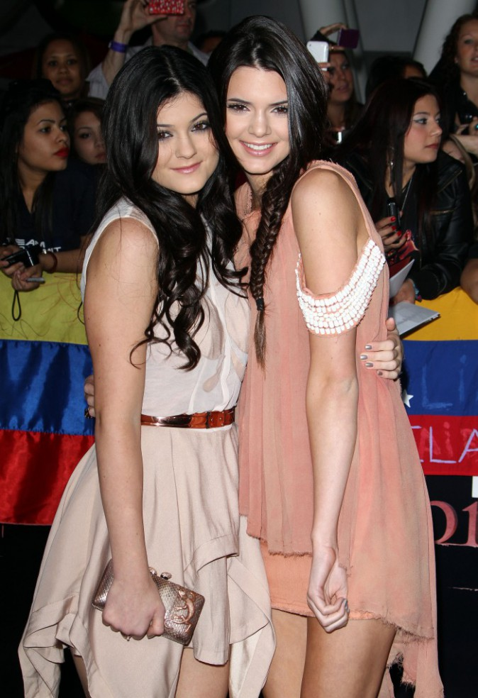 Kendall et Kylie Jenner en 2011