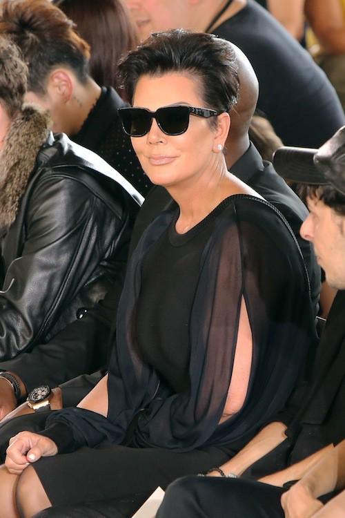 Kris Jenner et Corey Gamble au défilé Givenchy, le 26 juin 2015 à Paris