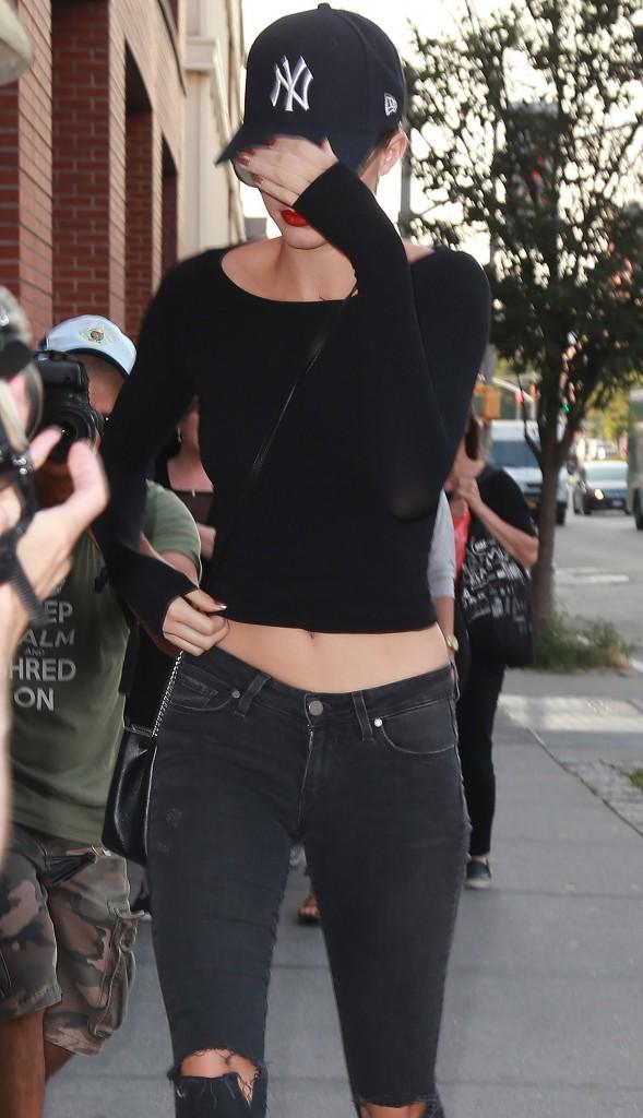 Kendall Jenner prend ses aises et n'hésite pas à inviter sa BFF chez Kanye West !