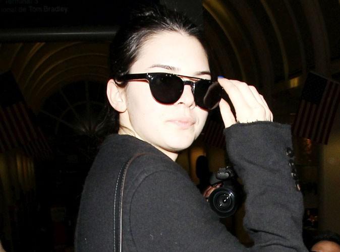 Kendall Jenner à l'aéroport de Los Angeles le 8 décembre 2013
