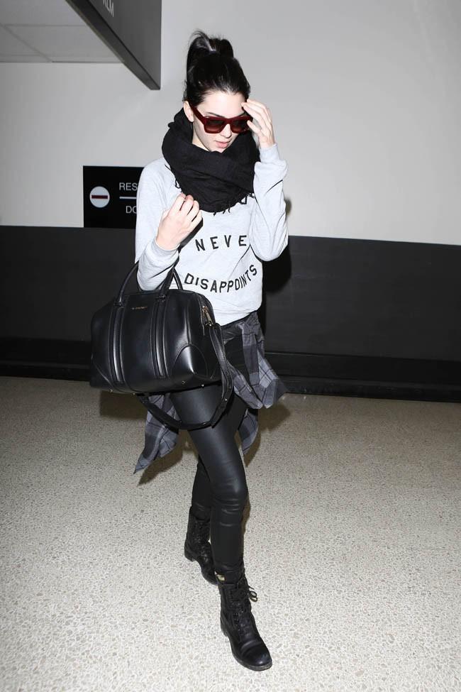 Kendall Jenner à l'aéroport de Los Angeles le 6 mars 2014