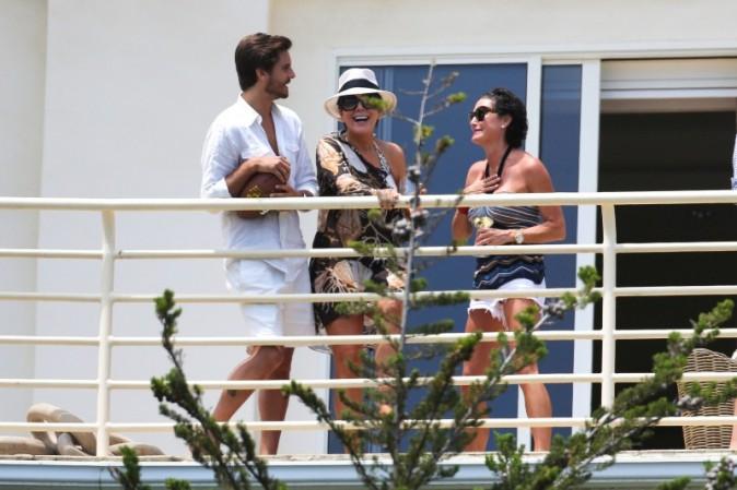 Scott Disick et Kris Jenner à Malibu, le 4 juillet 2013.