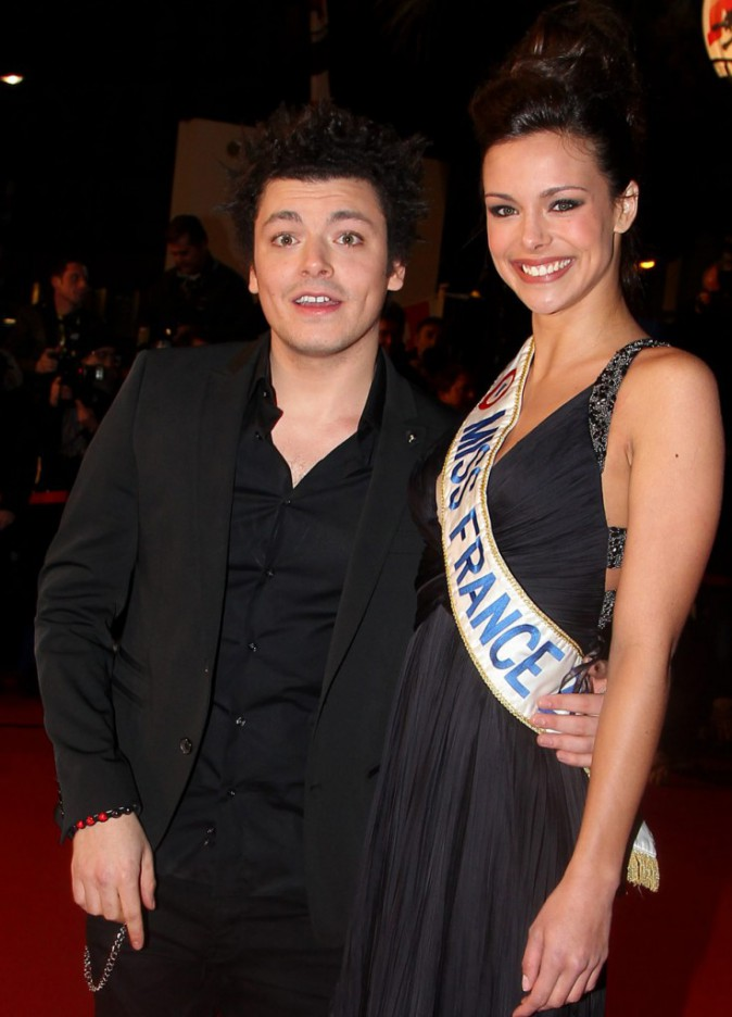 Kev Adams et Marine Lorphelin