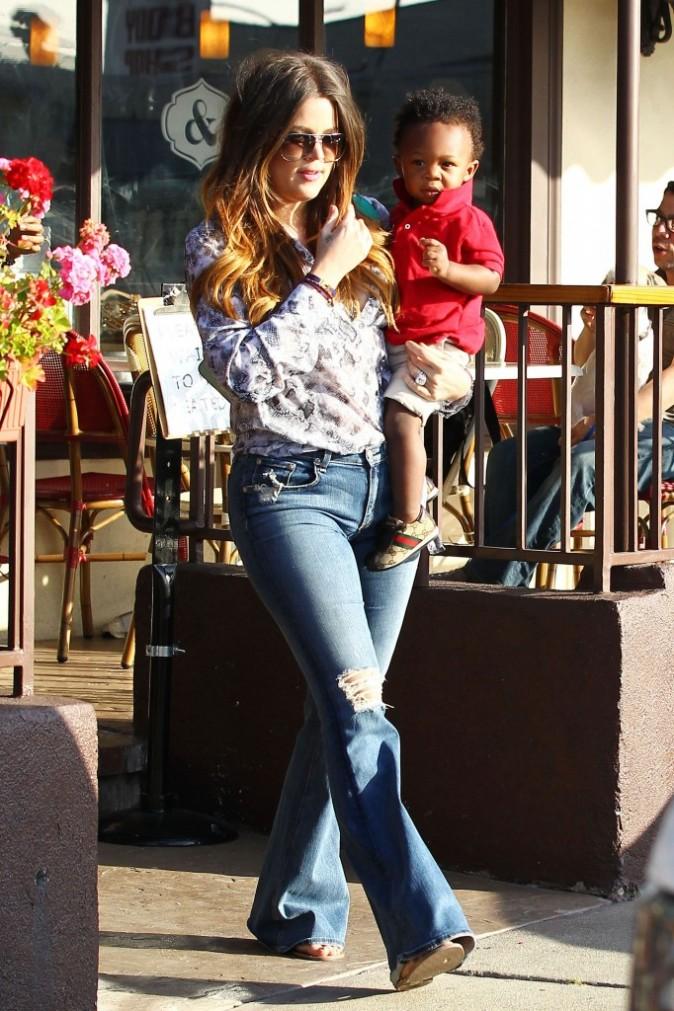 Khloe Kardashian et un adorable baby-boy à Los Angeles, le 10 mai 2012.