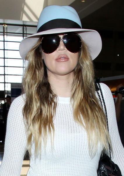 Khloe Kardashian en route pour Paris, le 19 mai 2014.