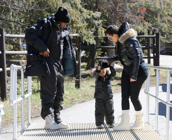 Kim Kardashian, Kanye West et North en vacances à Vail (Colorado), le 7 avril 2016