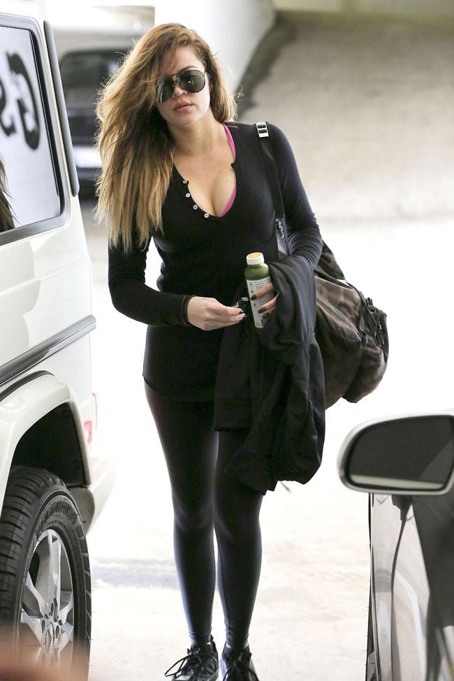 Khloé Kardashian à la sortie de salle de gym à Los Angeles le 26 février 2014