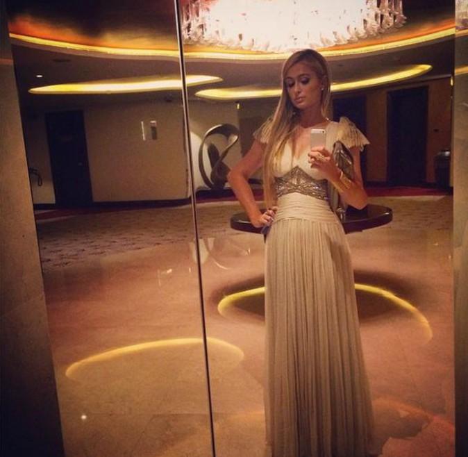 Paris Hilton parfaitement dans son élément !